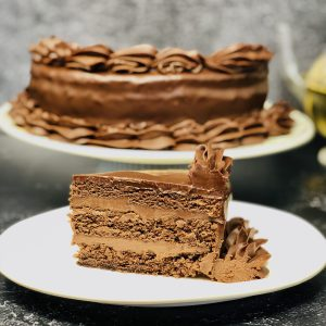 Queen Chocolate Cake